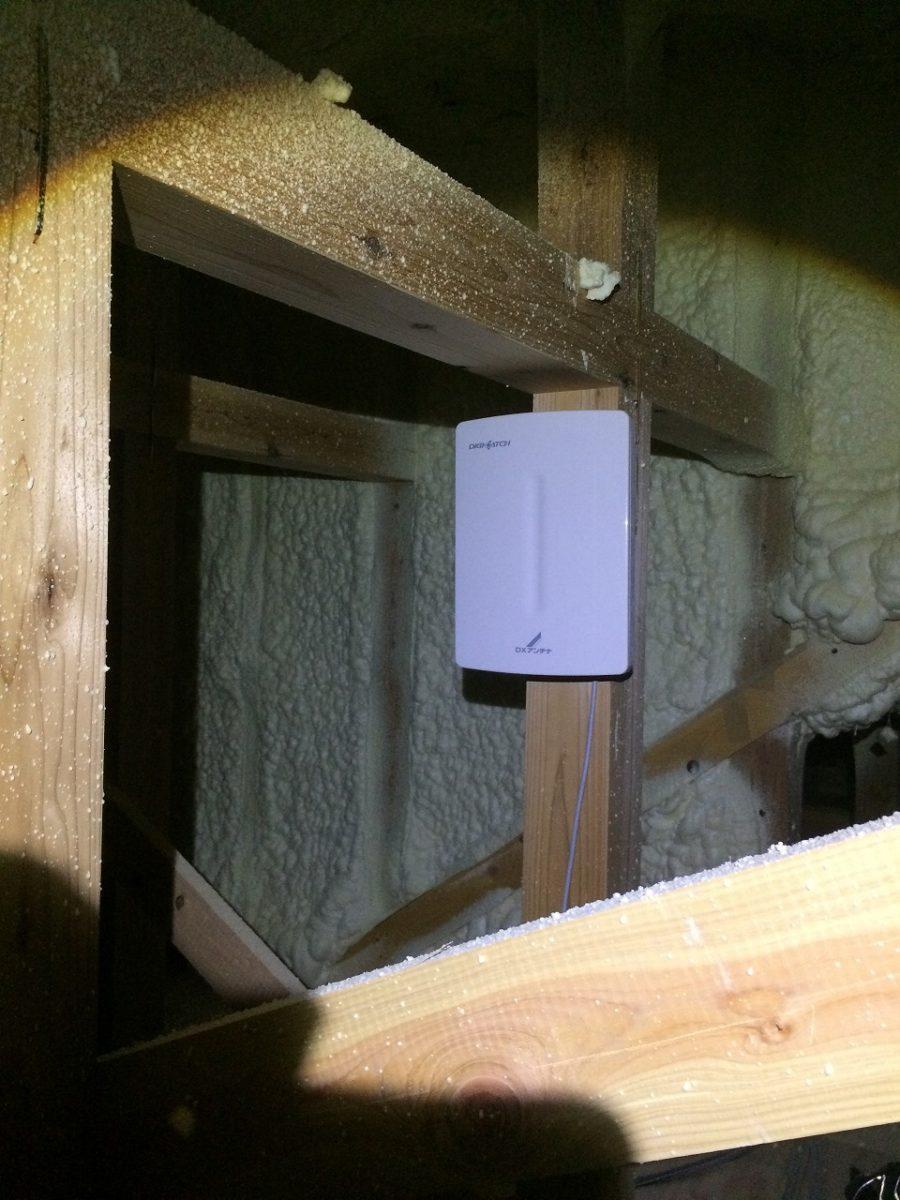 屋根裏テレビアンテナ工事